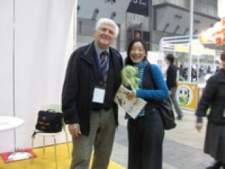 Richly Zsolt egy Kockásfülű nyúl-rajongó japán hölggyel